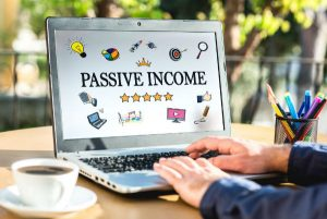 passive income on laptop